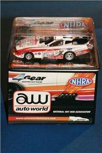AUTO WORLD 4 GEAR NHRA FUNNY CAR MUSTANG DRAGSTER COURTNEY FORCE STAND