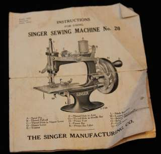 ANTIQUE 1914 SINGER SEWING MACHINE NO. 20 CHILDS WORKING W BOX & CLAMP