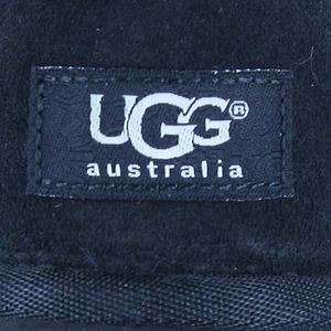 UGG AUSTRALIA   5825 CLASSIC SHORT BOOTS BLACK SHEEPSKIN WOMENS US
