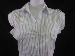 you are bidding on a theory white blue pinstripe cap sleeve button