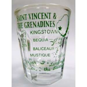 Grenadines Caribbean Vintage Map Outline Shot Glass: Kitchen & Dining