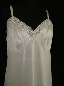 VTG Vanity Fair Nylon Full Slip~~~ SZ 38