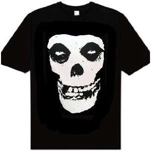 Misfits Skull Logo T Shirt: Home & Kitchen