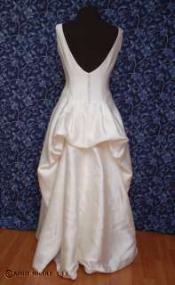 Lila Broude Ivory Satin Crepe Elegant Wedding Dress 12