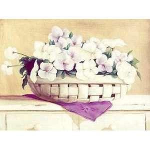 Flores Blancas En Cesto    Print: Home & Kitchen
