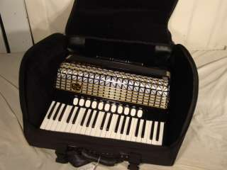 Hohner Accordion Atlantic IV S Deluxe W/Case and Gigbag