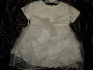 Baby Girl White Christening Baptism Gown/M/6 12 MONTHS