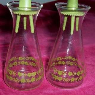 CORELLE CRAZY DAISY SALT PEPPER SHAKERS GLASS SET