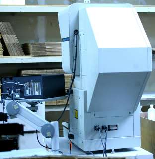 Deltronic DH 214 Optical Comparator w/ 14 Screen + MPC 5, Table