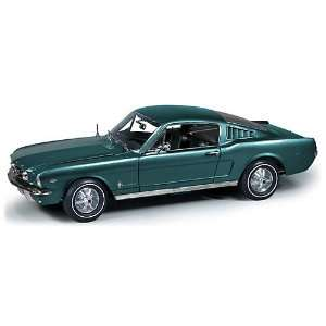 1/18 65 Ford Mustang Convertible Toys & Games