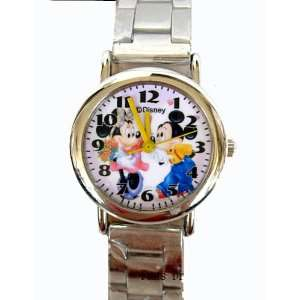 Disney Mickey & Minnie Watch w/ bracelet link (mickey