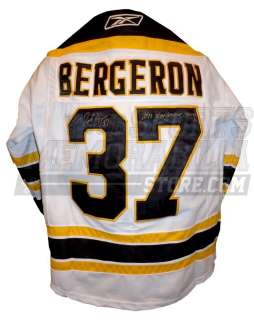 Patrice Bergeron Boston Bruins signed jersey w Stanley Cup Champions