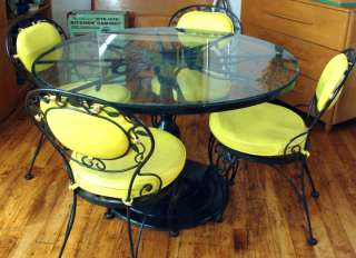 Woodard Chantilly Rose Pedestal Glass Top Patio Table 4 Chairs