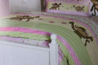 PRECIOUS MONKEY TWIN QUILT SET   PINK/GREEN/YELLOW   2PC