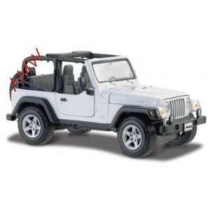 com Jeep Wrangler Rubicon White 127 Diecast Model Car Toys & Games