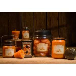 McCalls Autumn Leaves Jar Candle Home & Kitchen