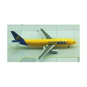 Jet X MNG Cargo Airways A 300F4 Model Airplane Toys