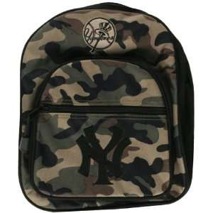 New York Yankees   Logo Camo Mini Backpack: Sports & Outdoors
